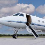 Почему частные самолеты белые